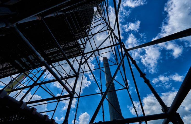 We provide multidirectional #scaffolding erection services since 2010 in partnership with #Hünnebeck.  #CUPLOK® Scaffolding #Layher systems