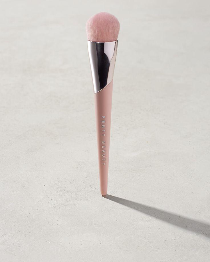 Fenty Beauty - Full-Bodied Foundation Brush