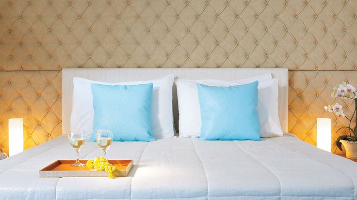 Superior Guestroom | The cushioned headboard or padded wall adds a wow effect