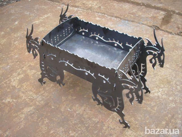 """Производим декоративные разборные компактные мангалы """"Драконы"""". Состоят из 5 деталей, под 7 шампуров. Возможно производство из черного и..."""