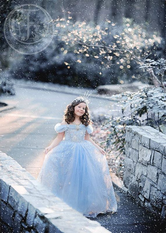 Free ship Cinderella Summer Style Little Girls Princess Party Dresses Limited Edition Ice snow Queen Ballgown Luxury Halloween
