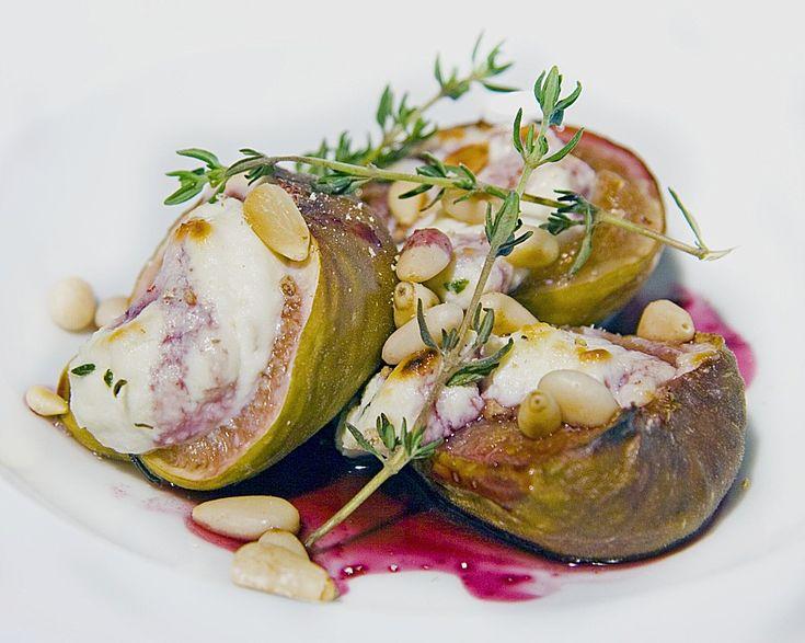 Gratinierte Ricotta - Feigen mit gerösteten Pinienkernen (Rezept mit Bild) | Chefkoch.de