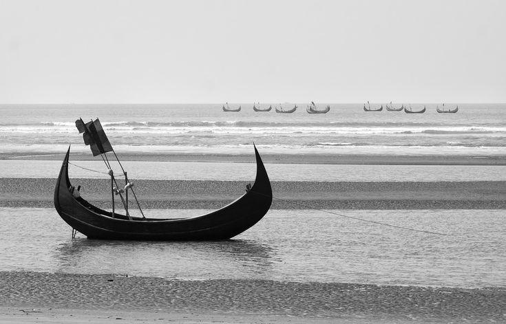 cox's bazar, moon boat.