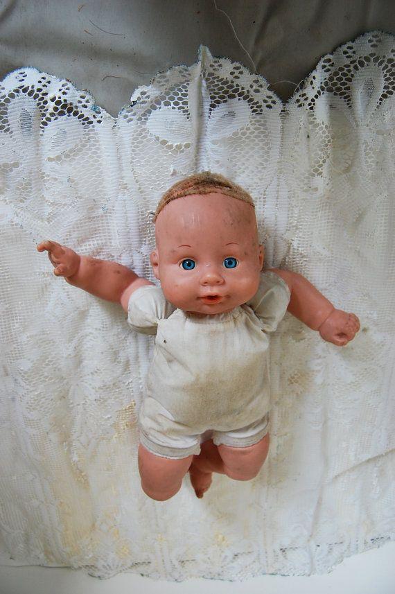 Bambola  Originale Vintage 70s di FrancaVintage su Etsy, $70.00