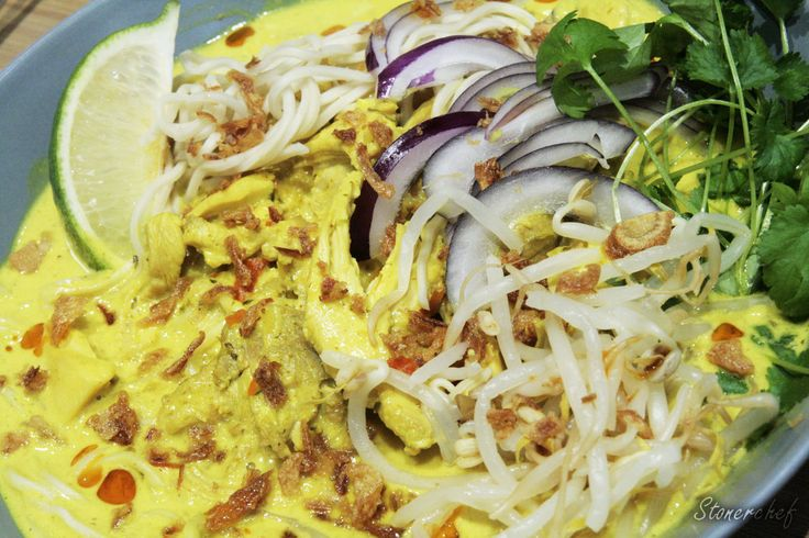 Micha pełna szczęścia: Zupa Khao Soi