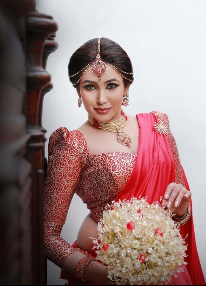 Sri Lankan fashion - Ashiya Dassanayake