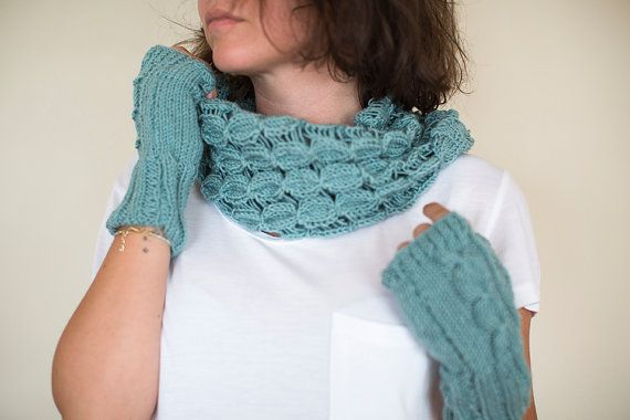 Crochet Neck Warmer And Gloves Set, Blue Neck warmer and gloves