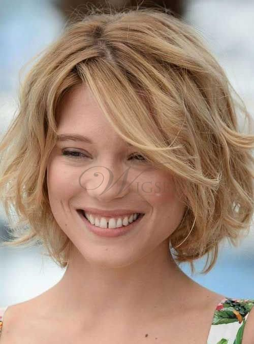 Fashion Fluffy Short Bob Hairstyle 100% Human Hair Wavy Lace Front Wig about 9 inches