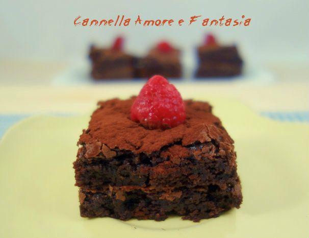Brownie al doppio cioccolato e lamponi senza uova +