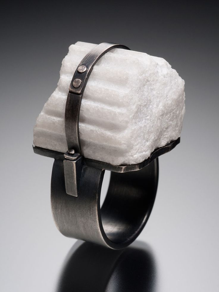 Donna Veverka's Architectural Rings | American Craft Council