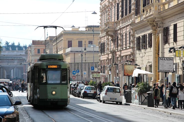An older tram on the 19 route departs Vatican City. #tram #train #lightrail #streetcar