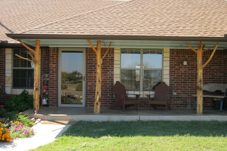 Cedar log posts for porches pictures to pin on pinterest for Cypress porch columns