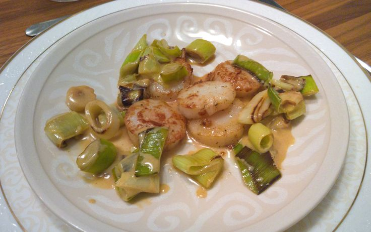 Scallops with a leek vinaigrette by Gordon Ramsay