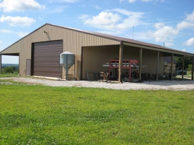 40x60 Pole Barn Kit In 2020 Building A Pole Barn Pole Barn