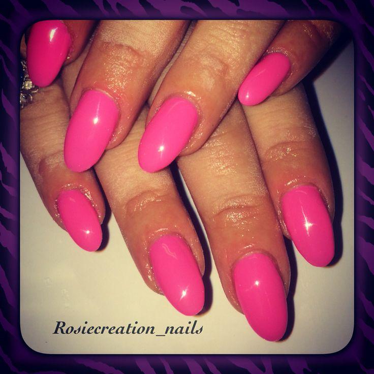 Almond shape gel pink nails