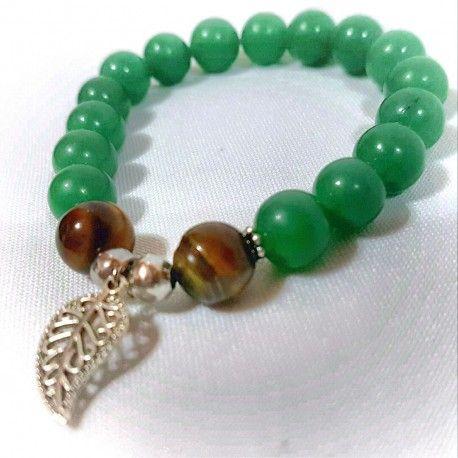 Pulsera en piedras semipreciosas aventurina (familia de jade), ojo de tigre marrón y nikel con baño de plata.  Dije de hojita #EnPuntocr