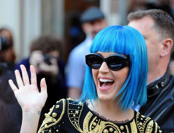 Katy Perry Photos Photos - Katy Perry wears a blue bobbed wig and is mobbed by fans and photographers as she leaves  Maida Vale Studios after an appearance on BBC Radio One's 'Live Lounge.'. - Katy Perry Leaves BBC Studios