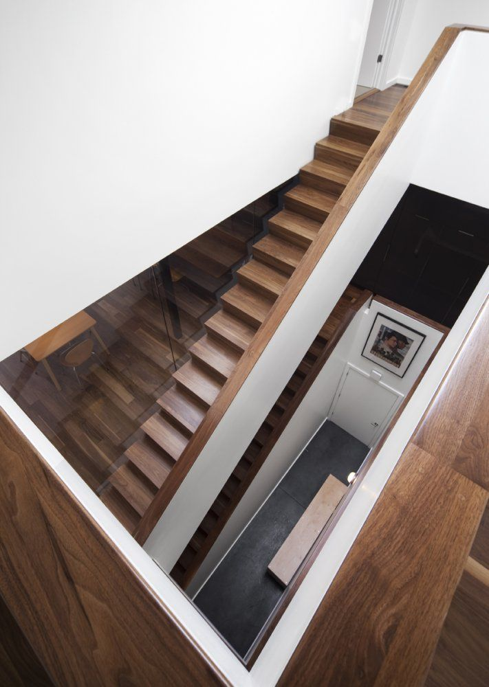 Blouin Tardif Architectes | Réalisations | wooden staircase | Résidence St-Vallier | Escalier de bois