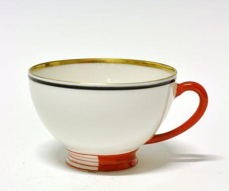 Cup by Nora Gulbrandsen for Porsgrund Porselen. Production 1927-30.Model 394.4 Decor 5328