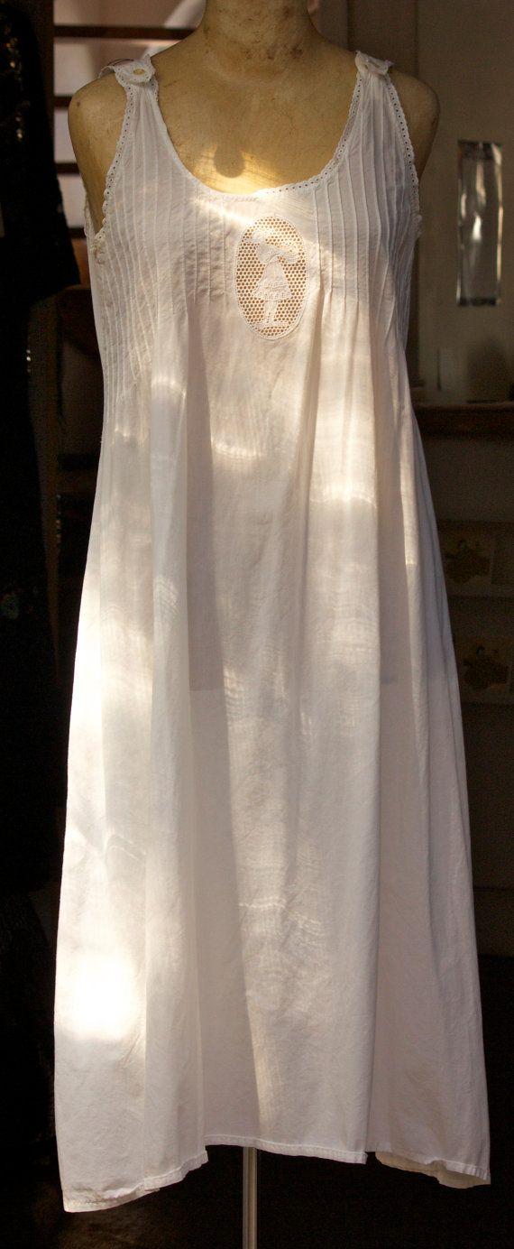 White Vintage Night Gown by ShirleyFintzVintage on Etsy, $120.00