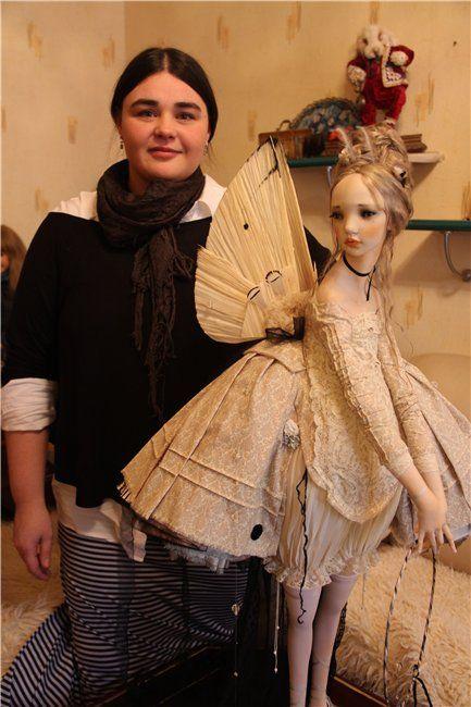 http://babiki.ru/blog/dizainerskie/52448.html Как сбывается мечта, или моя Дороти приехала! Авторская кукла Алисы Филипповой теперь у меня