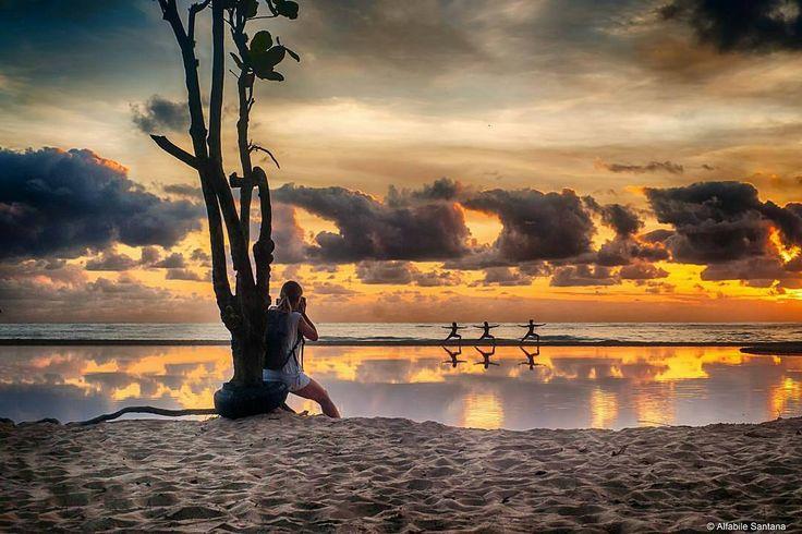 """Itajaí - SC por @alfabilesantana. .   """"Que comece o show..""""  Siga e use #Brazil_Repost ou  # em suas fotos e apareça aqui também!  #Brazil #Paisagem #nature #floripa #all_shots #viagem #instagood #natureza #Itajai #sunsets #happy #life #sun #goodvibe #igers #yoga #sunrise #santacatarina #fun  #trip #travel #gopro #pilates #viajando #Brasil #viajar #praia #boanoite  Compartilhe o seu Brasil com a gente!!  @Brazil_Repost  by brazil_repost"""