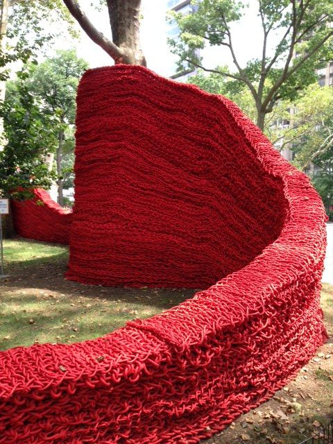 'Knitted' art in New York City (Madison Square Park, 2013) #YarnBomb #art #installation