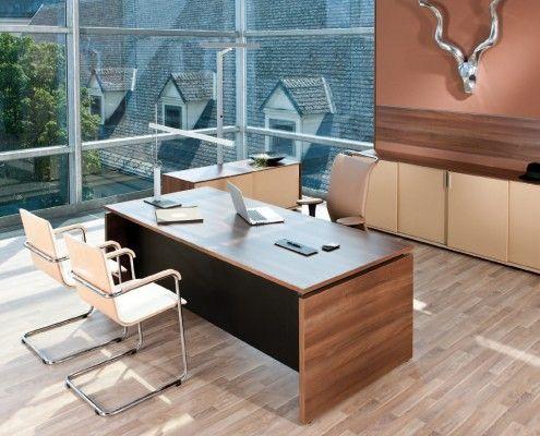 chefbüro mit arbeitstisch s550