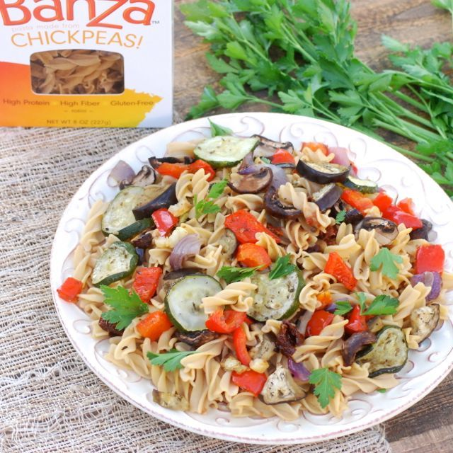 Roasted Veggies and Banza Chickpea Pasta #glutenfree #grainfree #vegan