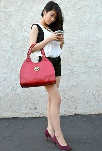 93 My Style| Michael Kors  shoulder bags! $40 OMG!! Holy cow, I'm gonna love this site