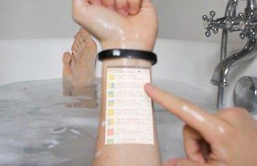 The Cicret Smart Bracelet