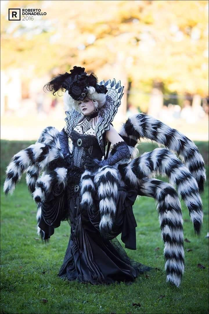 Arachne by Elsa-Cosplay.deviantart.com A representation of Arachne in popular culture. She tends to be represented either as a queenly figure or a horrible monster.