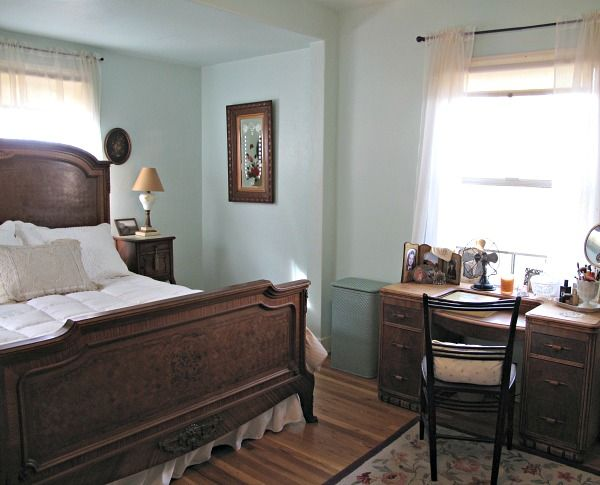 An Old Fashioned World Home Decor Bedroom Styles Home
