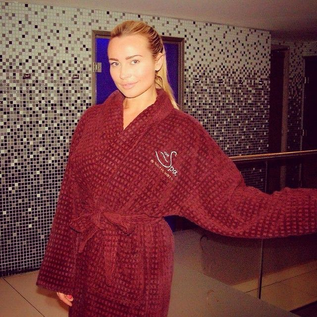 It was great having @missaharringtonofficial enjoy our #spa, having a @decleoruk full body massage and discovery facial!