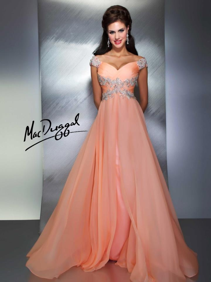 40 best The Perfect Prom Dress images on Pinterest | Prom gowns ...