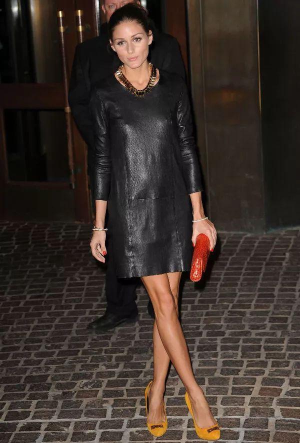 olivia-palermo-vestido-couro-preto-street-style