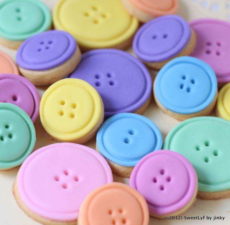Lalaloopsy Cake and Button Cookies