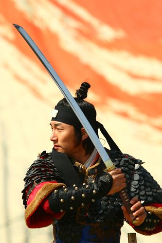 Suwon Martial Arts Performance Suwon South Korea Ssang soo do style or long sword style. by Derekwin, via Flickr