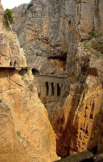 Caminito del Rey – is a walkway, now fallen into disrepair, pinned along the steep walls of a narrow gorge in El Chorro, near Álora in the province of Málaga, Spain.