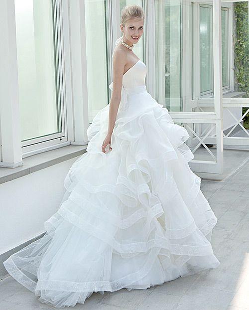 EP Elisabetta Polignano - White Sposa #Elisabetta #Polignano #EP #ElisabettaPolignano #EPElisabettaPolignano #moda #sposa #bride #wedding #dress #dresses #mariage #novia