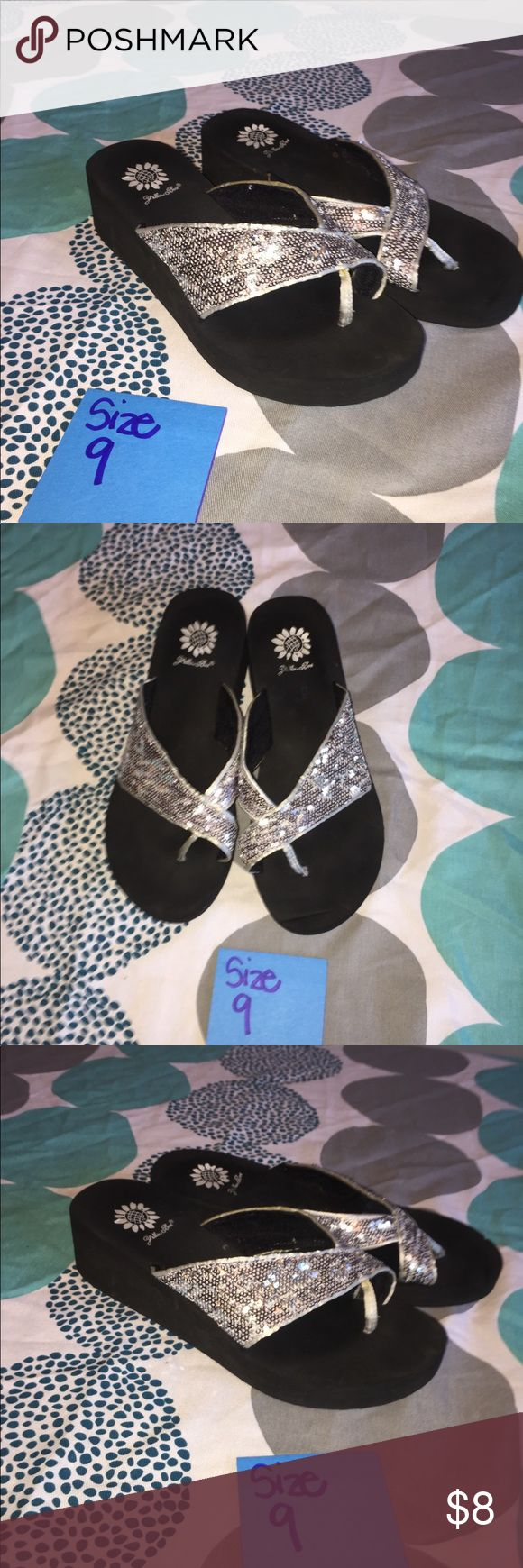 Size 9 Yellow Box Flip Flops with Silver Sequins Size 9 Yellow Box Silver Sequin Flip Flip Sandals Yellow Box Shoes Sandals