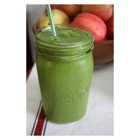 SMOOTHIE FOR BREAKFAST? Try this! Body Science Warrior Smoothie 1 Cup of Sliced Kiwi Fruit 1 Cucumber 250 mLs Water 10g Body Science BSc Naturals Immugreens 1/2 Teaspoon Ginger Directions Combine all ingredients into a blender and blend until smooth consistent texture has formed. Health Benefits ✅High Antioxidant Capacity ✅Boost Immune Function