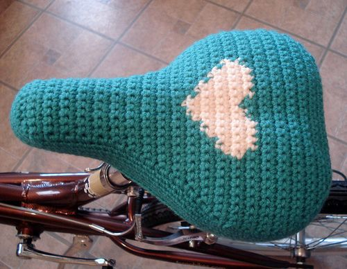 Cro crochet - cover my bike seat for when i am finally able to ride it again