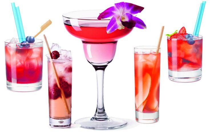 Příprava míchaných nápojů z růžového vína je velmi jednoduchá a výsledek je efektní