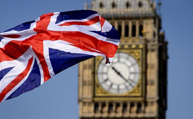 Během posledních několika hodin vstoupila anglická libra do klidnější fáze, když Britové i nadále v referendu volí pro zachování členství v Evropské unii, přičemž výsledky hlasování z jednotlivých okrsků naznačují, že konečný výsledek bude velmi těsný.Měnový pár GBP / USD zůstává během posledních hodin relativně stabilní v úzkém pásmu kolem 1.4800. Během prvních hodin obchodování […]