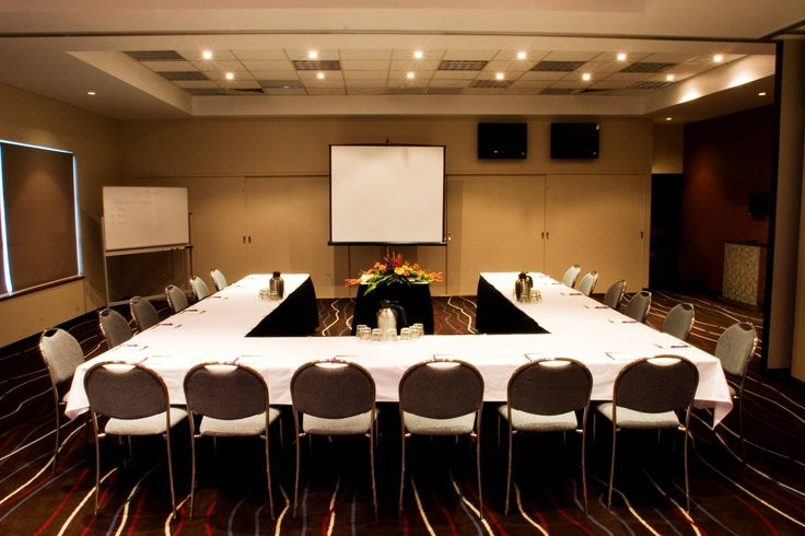 Have your next corporate function at Kedron-Wavell Services Club!