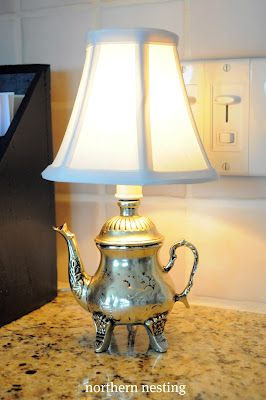 vintage teapot counter lamp. D I'm liking this!