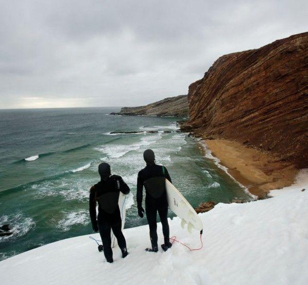 Drømmen om urørt natur, bølger som ingen har surfet, vilt landskap og følelsen av å være alene i verden. Filmpris-vinner Inge Wegge er på nytt eventyr med