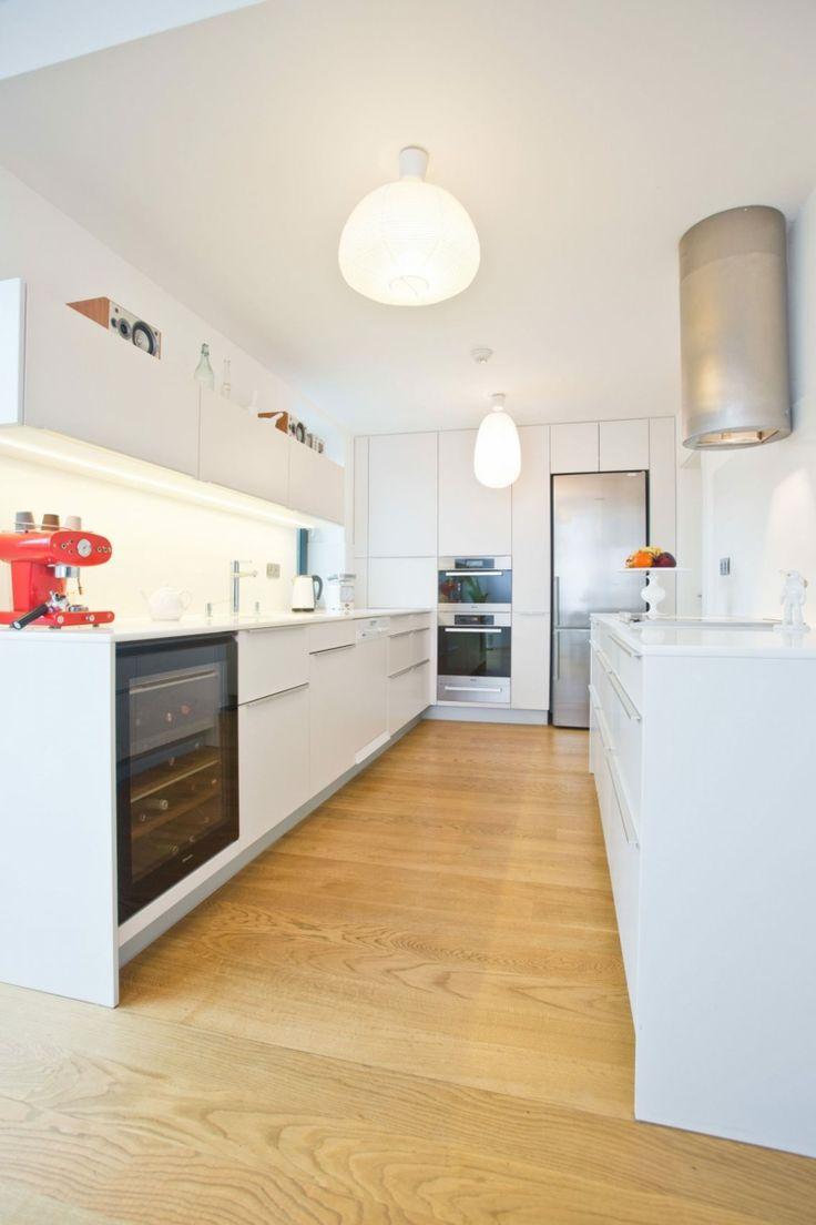 Fassaden Gestaltung   Minimalistische Küche In Weiß