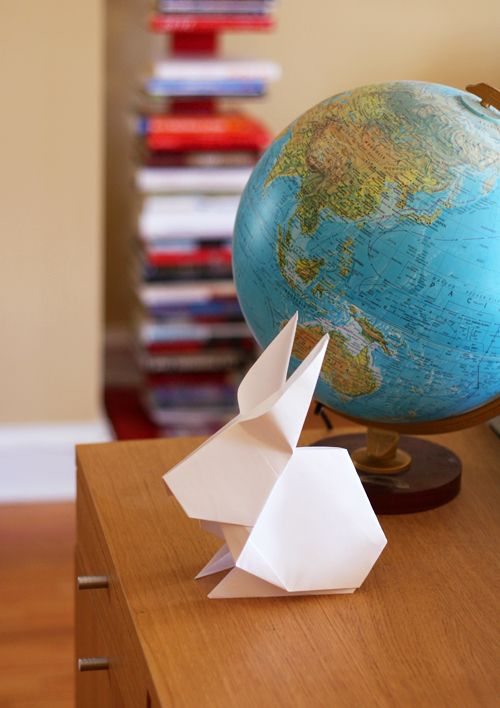 Easter decorating idea: big origami rabbits. Link to video how-to included.